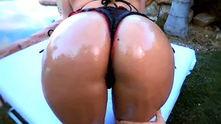 AJ Applegate teases with her big wet ass before anal